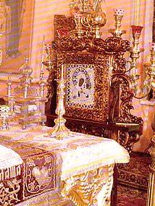 Главная святыня Петропавловского собора - чудотворная Смоленская икона Божией Матери из Седмиезерной пустыни